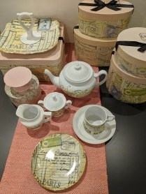 Rosanna 'Epicerie' dessert set: 4 dessert plates, 4 cups/saucers, teapot, creamer, sugar bowl w/lid, serving tray, cupcake stand. All in original boxes, never used. Perfect gift! Orig. List: $280.-300.- Modele's Price: 125.- set