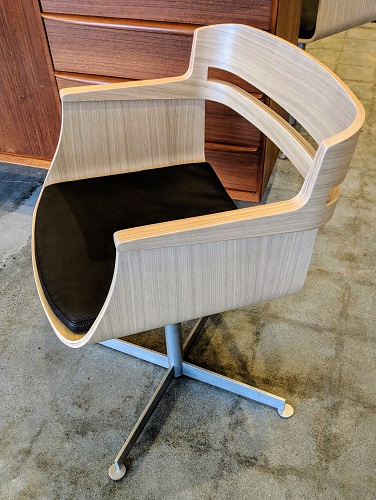 "Set/4 Sare 'Kayak' dining chairs. Never used, no longer in production. 21.25""w x 21.5""d x 30.5""h. Orig. List: $1250. per chair Modele's Price: 1950. - set/4"