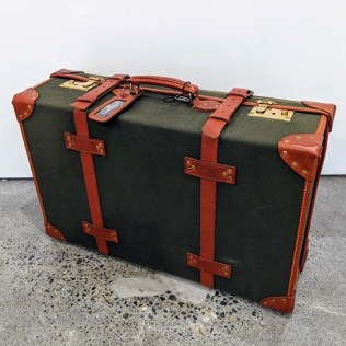 """Papworth 26"""" trunk suitcase, never used. Purchased in England in the 1980's. 26""""w x 8""""d x 17""""h. Orig. List: $2000.-3000. Modele's Price: 495.-"""