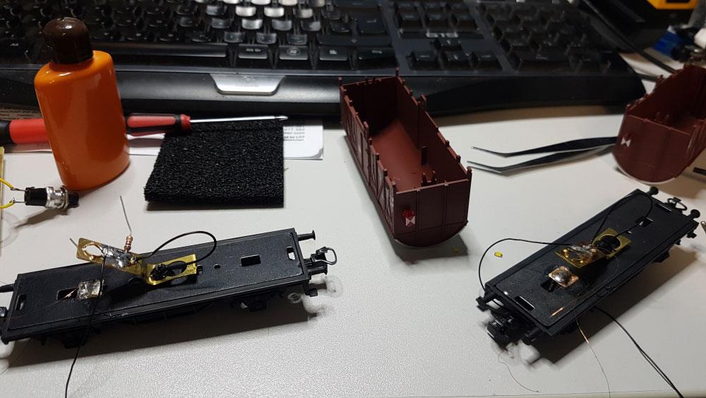 Umbau des Wagens mit Schlussbeleuchtung auf LED statt Glühbirne.
