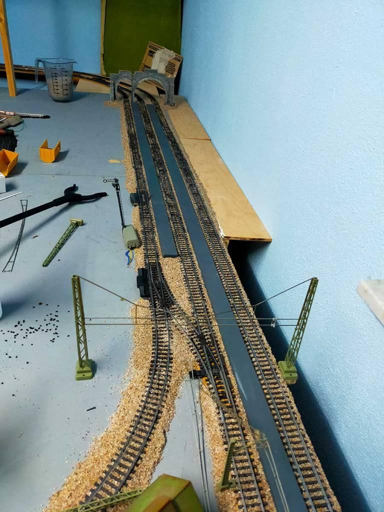 Erweiterung der Platte der Modellbahn-Anlage