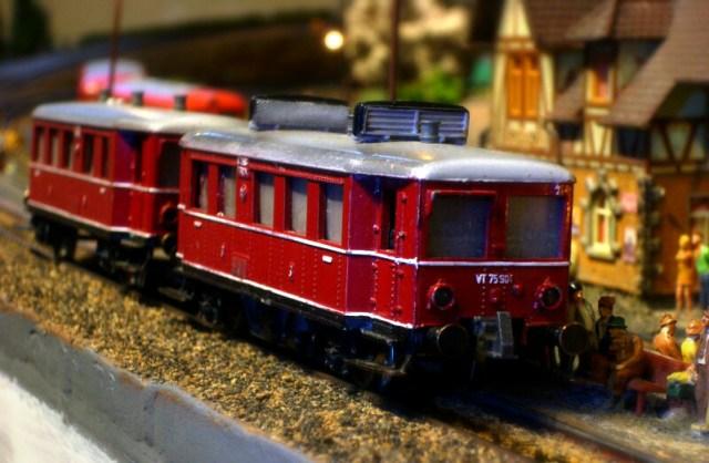 Märklinisierter Trix Express VT 75