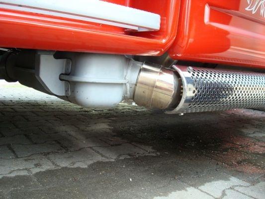 modelltruck at 3 fold sidepipe exhaust