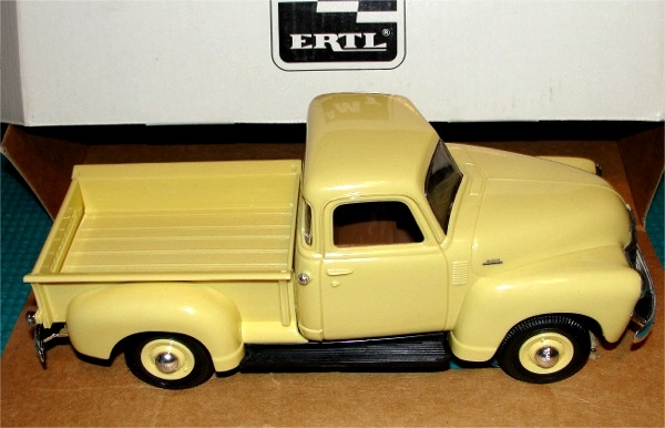 1950 Chevy Pickup Cream Medium Promo 125 Mint In Box
