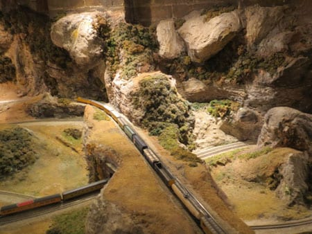 Amazing Mountain Scenery Model Train Photo Gallery