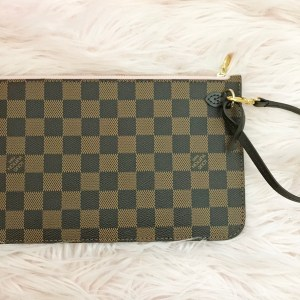 46e1898be2d3 Louis Vuitton Neverfull PM Small Pouch Pochette – SOLD