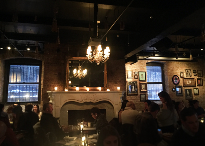 RM Champagne Salon $1 Oyster Happy Hour West Loop