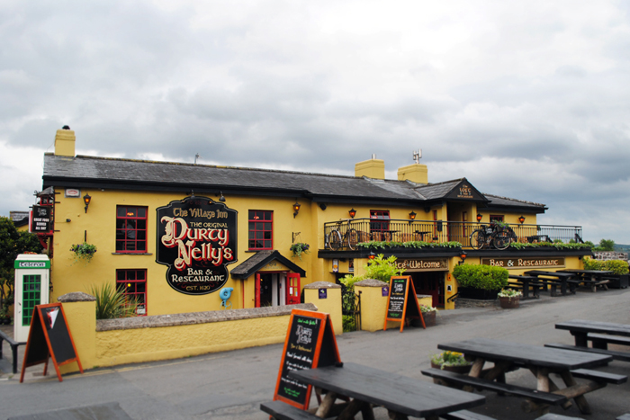 Durty Nellie's Pub and Restaurant, Bunratty, Ireland