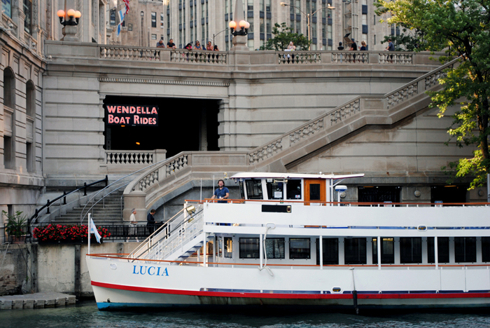 Wendella Boat Tours in Chicago