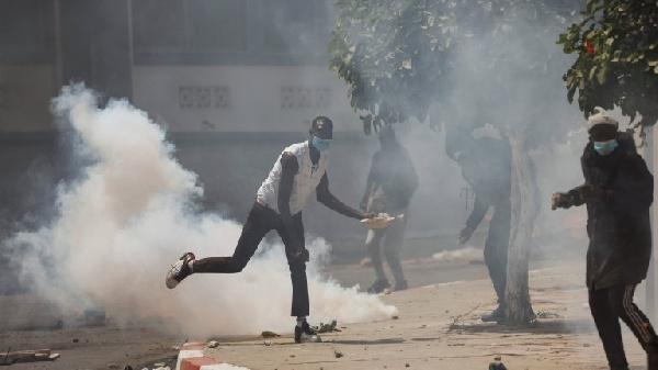 Senegal: zanga zanga na ci gaba da fantsama zuwa wasu jihohi