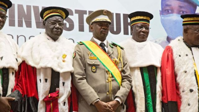Mali's coup leader sworn in as president