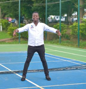 Celebrity Blogger Boateng Ameyaw1 completes his first Degree
