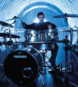 Scott Phillips of Creed : Modern Drummer
