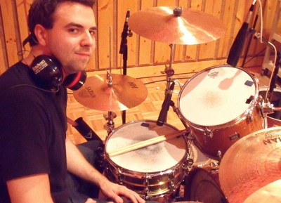 Elliot Jacobson of Ingrid Michaelson : Modern Drummer