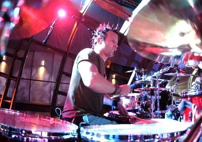 Drummer Rodney Howard of Avril Lavigne : Modern Drummer