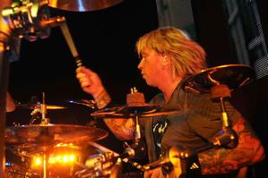 Jon Wysocki of Staind : Modern Drummer