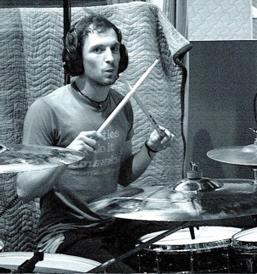 Craig Kneale of Twin Atlantic : Modern Drummer