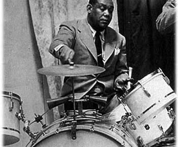 """Arthur """"Zutty"""" Singleton : Modern Drummer"""