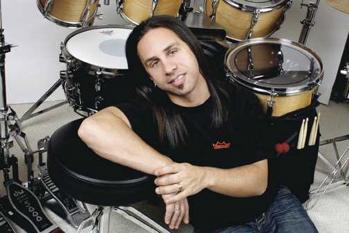 Jason Gianni : Modern Drummer