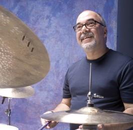 Peter Erskine : Modern Drummer Magazine