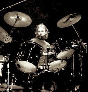 Keith Knudsen Of The Doobie Brothers in Modern Drummer