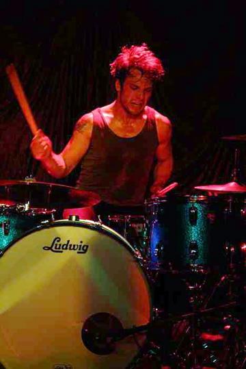 Ryan Luciani of Empires : Modern Drummer