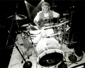Don Brewer - Modern Drummer