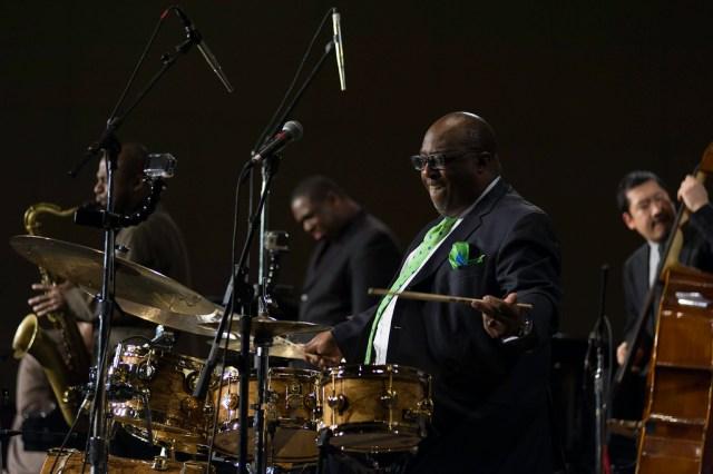 Carl Allen at the drumkit