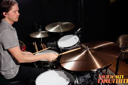 "Video Demo! Paiste - 26"" Giant Beat and 2002 17"" Sound Edge Hi-Hats"