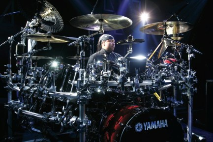 Carter Beauford lead