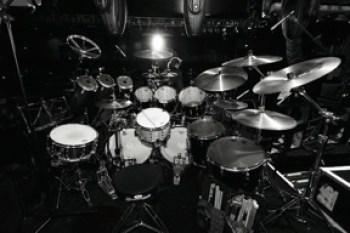 Mark Brzezicki drumset