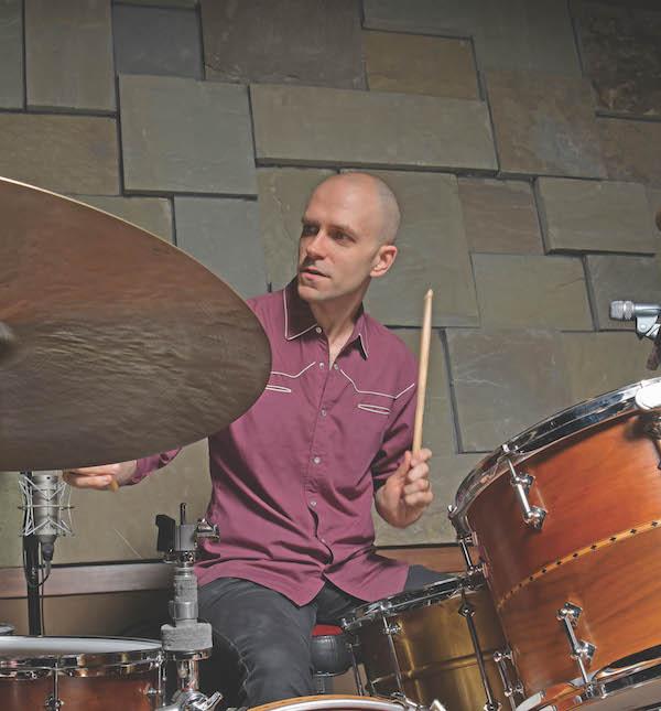 Jerry Roe - Modern Drummer Magazine