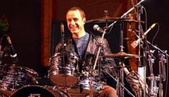 Crowded House Drummer Peter Jones Passes