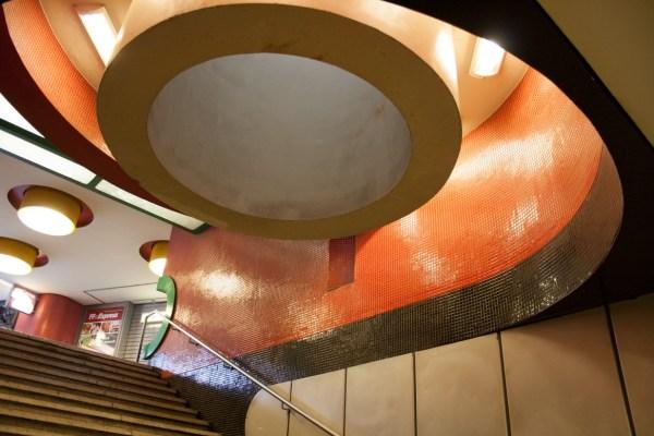 "Berlin, U-Bahnhof ""Fehrbelliner Platz"" (Bild: Verena Pfeiffer-Kloss, 2014)"