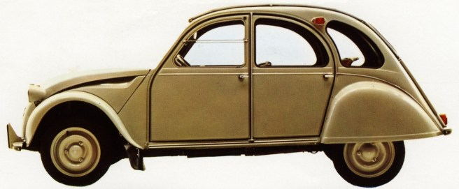 """Flaminio Bertoni: der Citroën 2 CV, der liebevoll """"Ente"""" genannt wird, aus dem Jahr 1949 (Bild: historischer Prospekt)"""