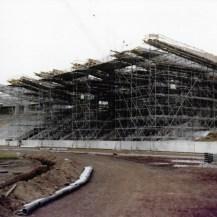 Bonn, Sportpark Nord, die eingerüstete Haupttribüne (Bild: Archiv Bonner SC)