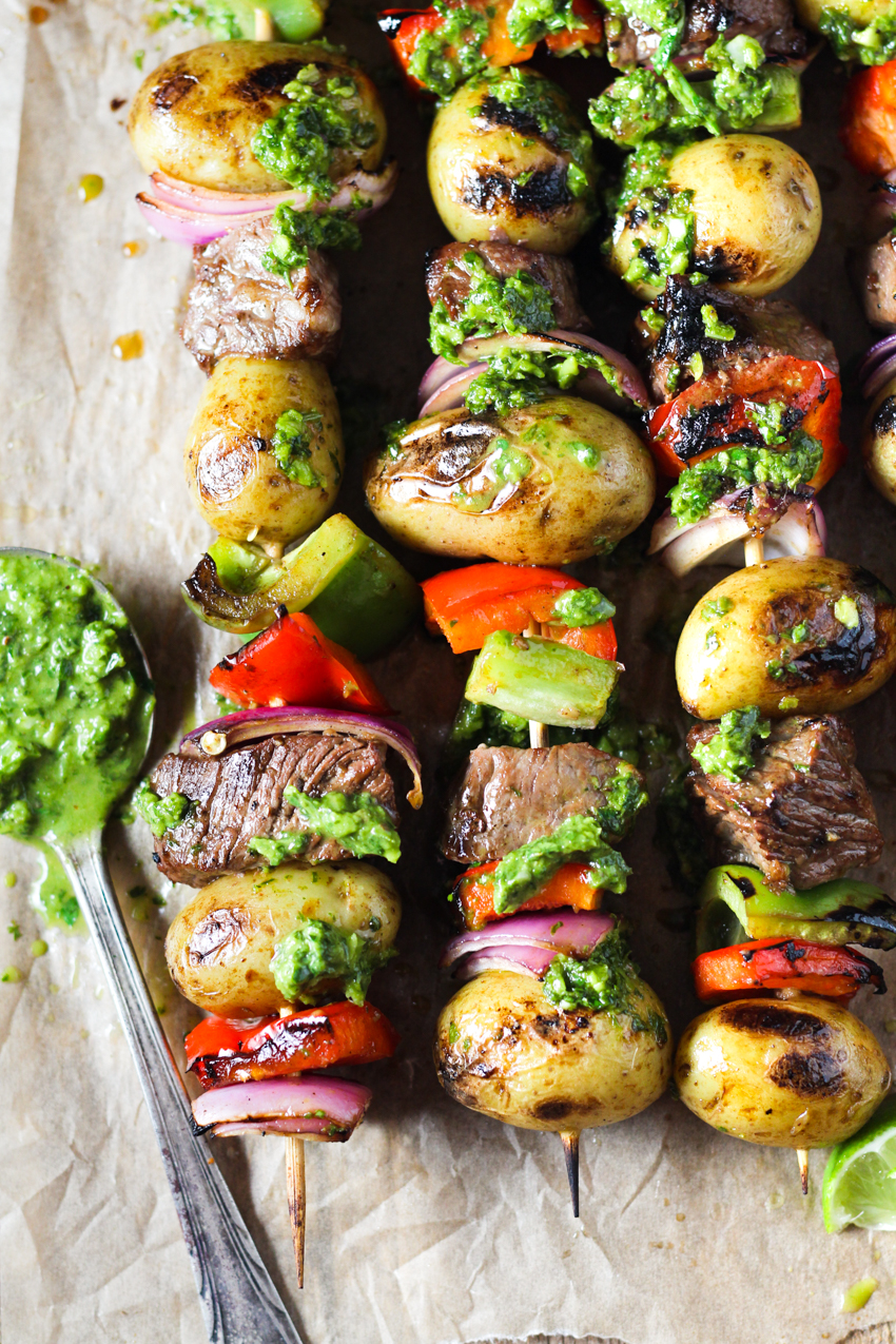 steak kabobs with potatoes, peppers and onions
