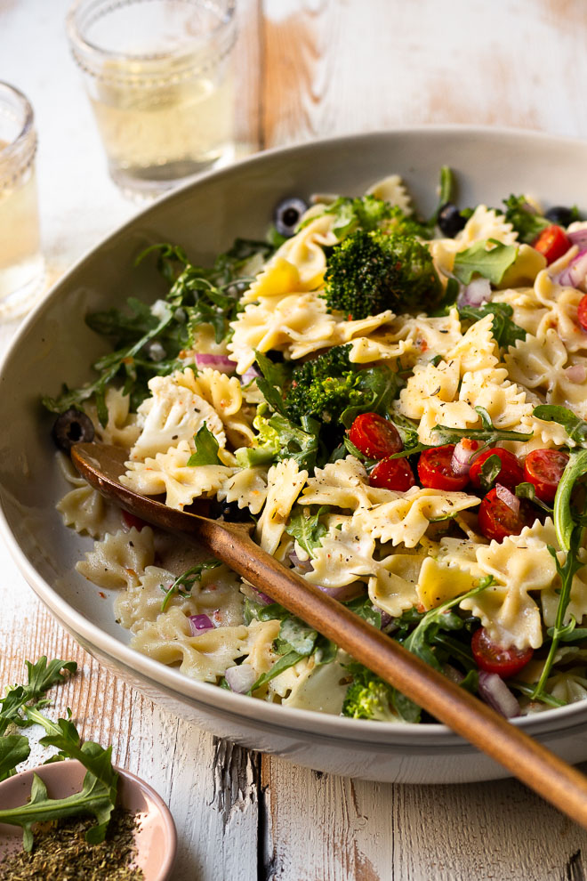 italian pasta salad with ranch and broccoli