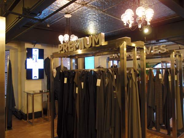 Indochino-DC-showroom-suits