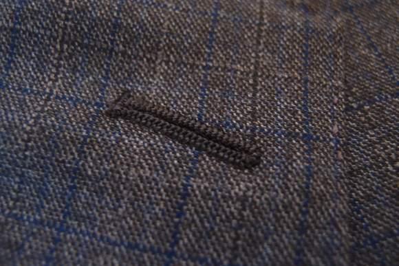 Black-lapel-2014-suit-review-lapel