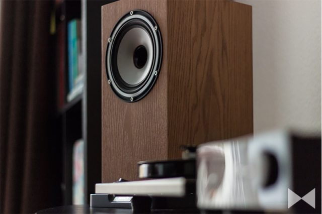 Tannoy Revolution XT 6 Lautsprecher mit Rega RP1