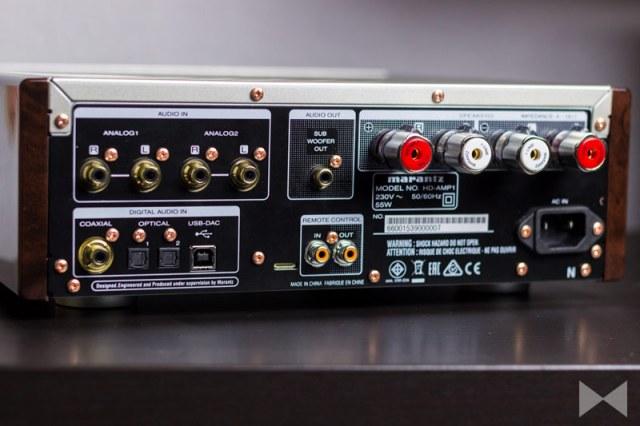 Marantz-HD-AMP1-Test mit Rückansicht auf die Anschlüsse