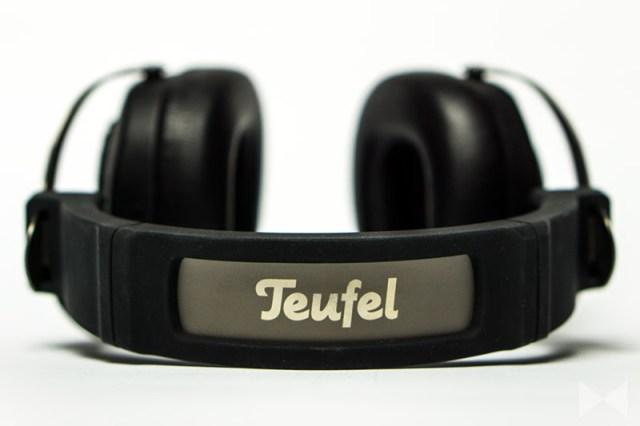 Teufel-Turn-Logo auf dem Kopfband
