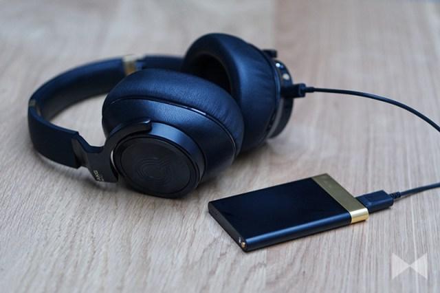 AKG N90Q Akku-Pack mit USB
