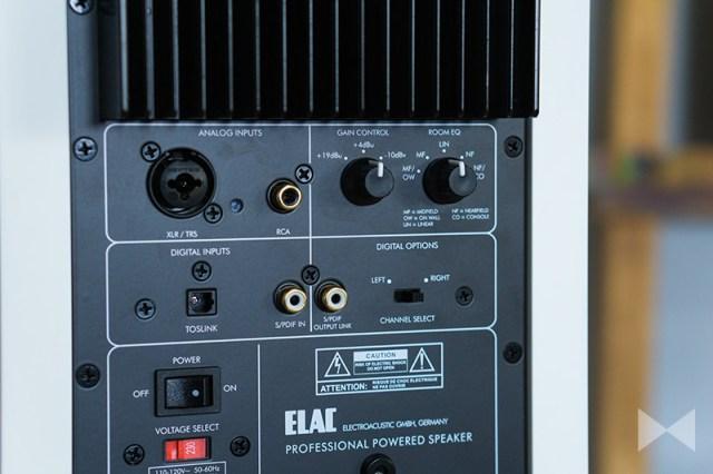 Elac AM200 Anschluesse
