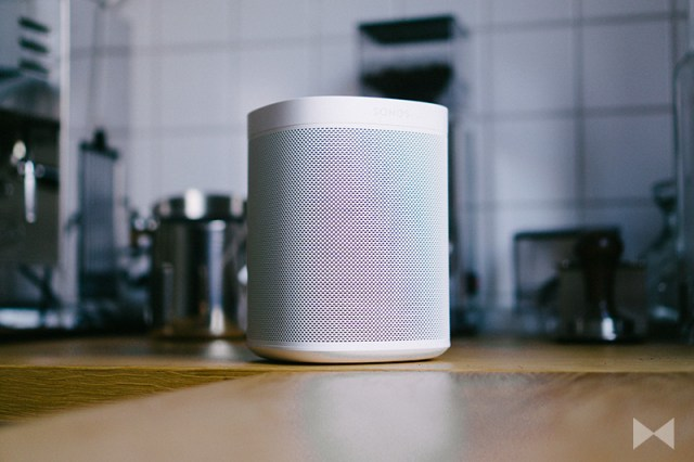 Sonos One Smart Speaker Play:1
