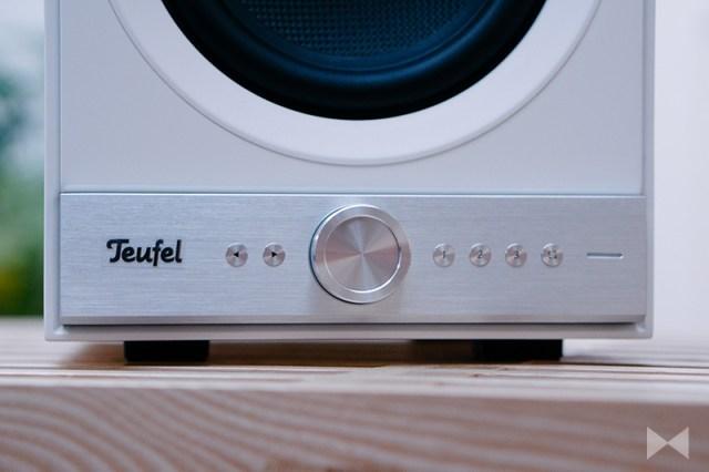 Teufel Stereo M Bedienung am Bluetooth-Lautsprecher