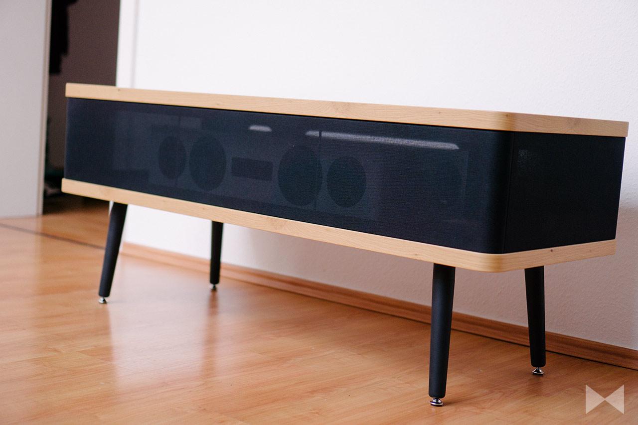 Roterring Belmaro Reto Low: Vintage-HiFi-Möbel mit Akustikstoff