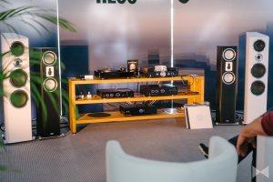 Magnat MTT 990 Plattenspieler uvm.: Player, Soundbar, Lautsprecher…