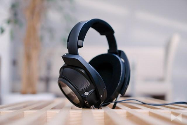 Sennheiser HD 820 Test Headphone
